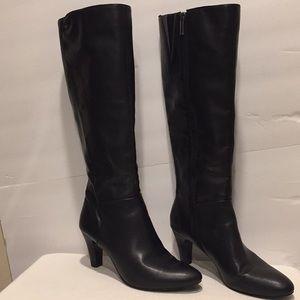 Bandolino Black Leather Boots